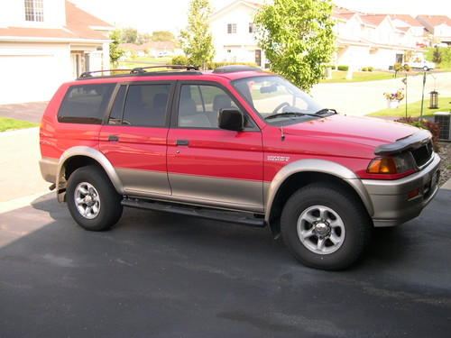 1998 Mitsubishi Montero Sport XLS